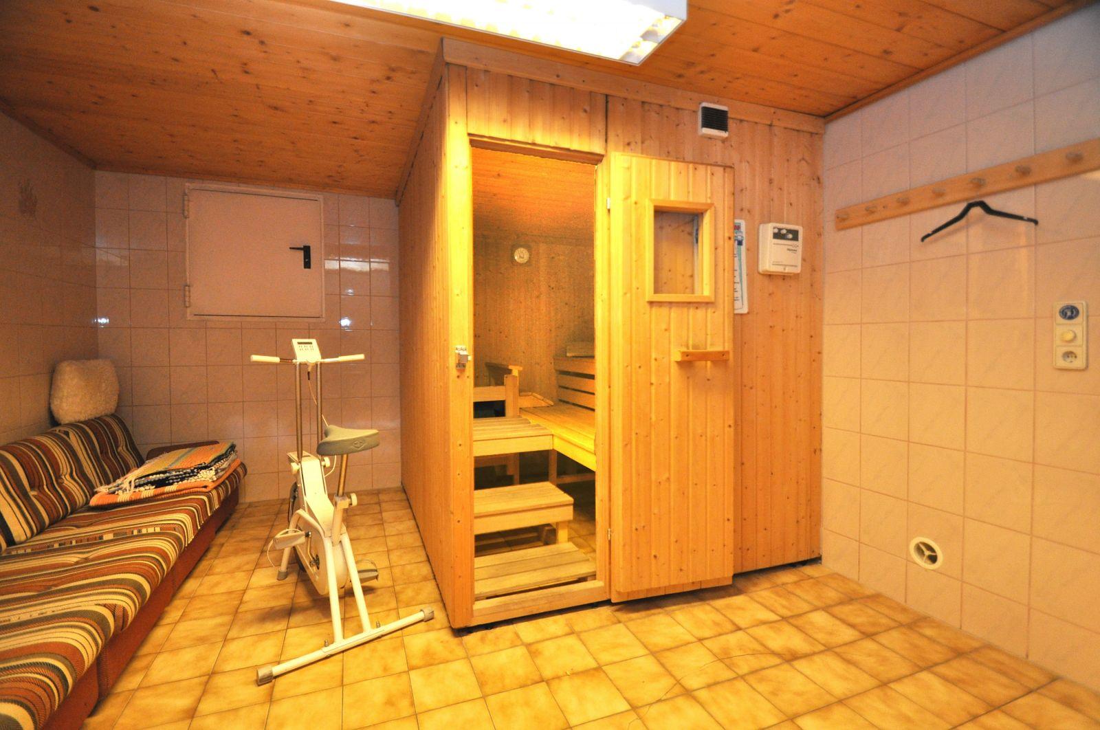 haus amadeus fotogalerie von appartements amadeus 21 bilder von appartements amadeus. Black Bedroom Furniture Sets. Home Design Ideas